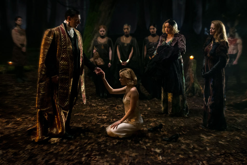Chilling Adventures Of Sabrina First Look Pics Chilling