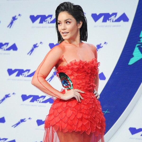 ESC: Vanessa Hudgens, 2017 VMA's