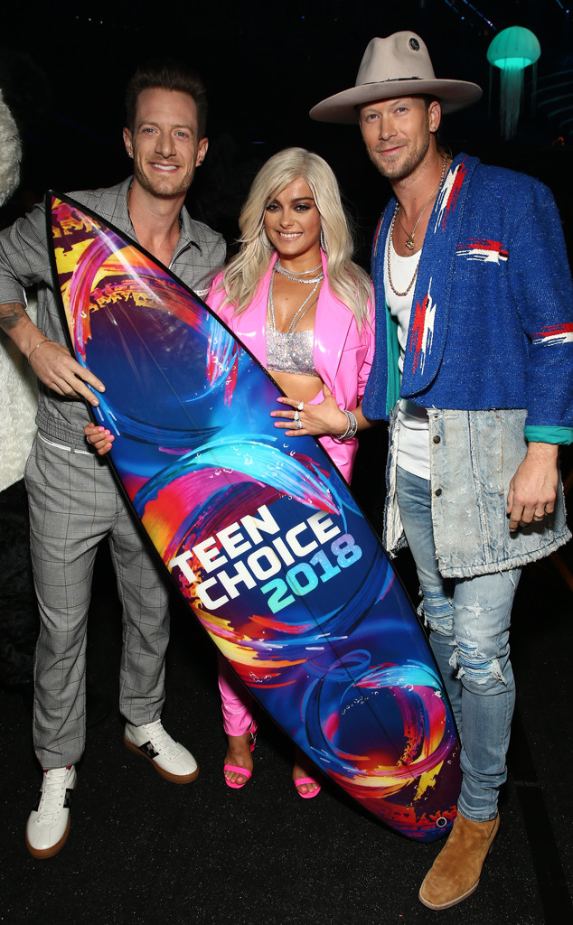 Tyler Hubbard, Bebe Rexha, Brian Kelley, 2018 Teen Choice Awards