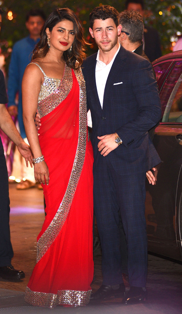 Priyanka Chopra And Nick Jonas Families To Meet In India For Engagement Party E Online
