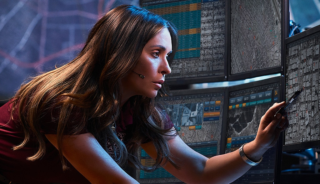 9-1-1, Jennifer Love Hewitt,  Angela Bassett