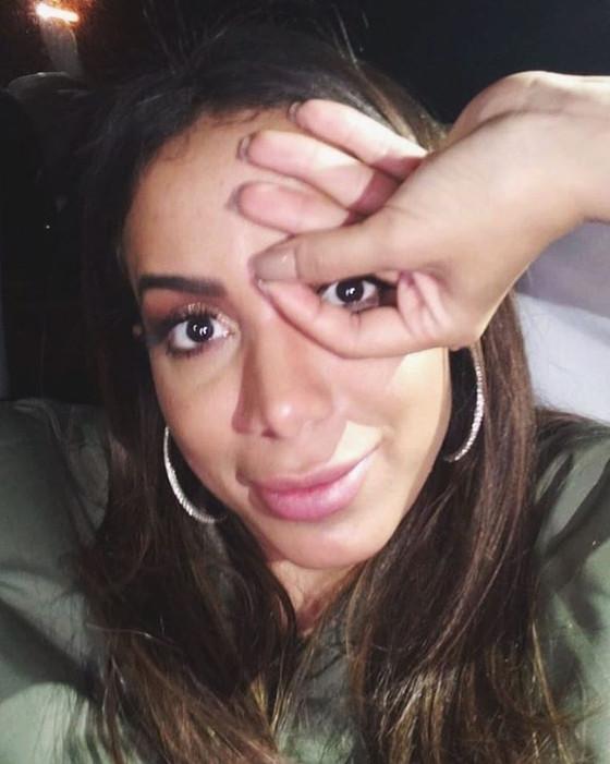 Anitta, Instagram