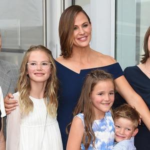 Jennifer Garner, Samuel Garner Affleck, Violet Affleck, Seraphina Rose Elizabeth Affleck