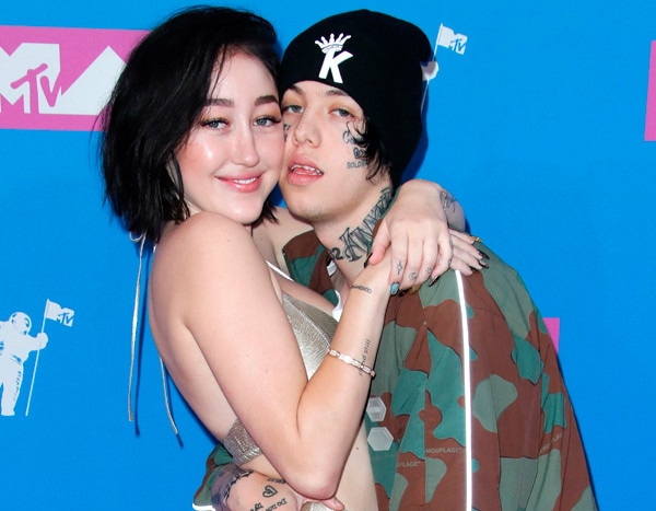 Noah Cyrus And Lil Xan Pack On The PDA At The 2018 MTV