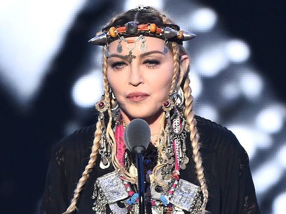 Madonna Gives Emotional Tribute to Aretha Franklin During MTV Video Music Awards