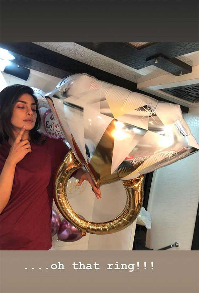 Priyanka Chopra, Balloon, Engagement Ring