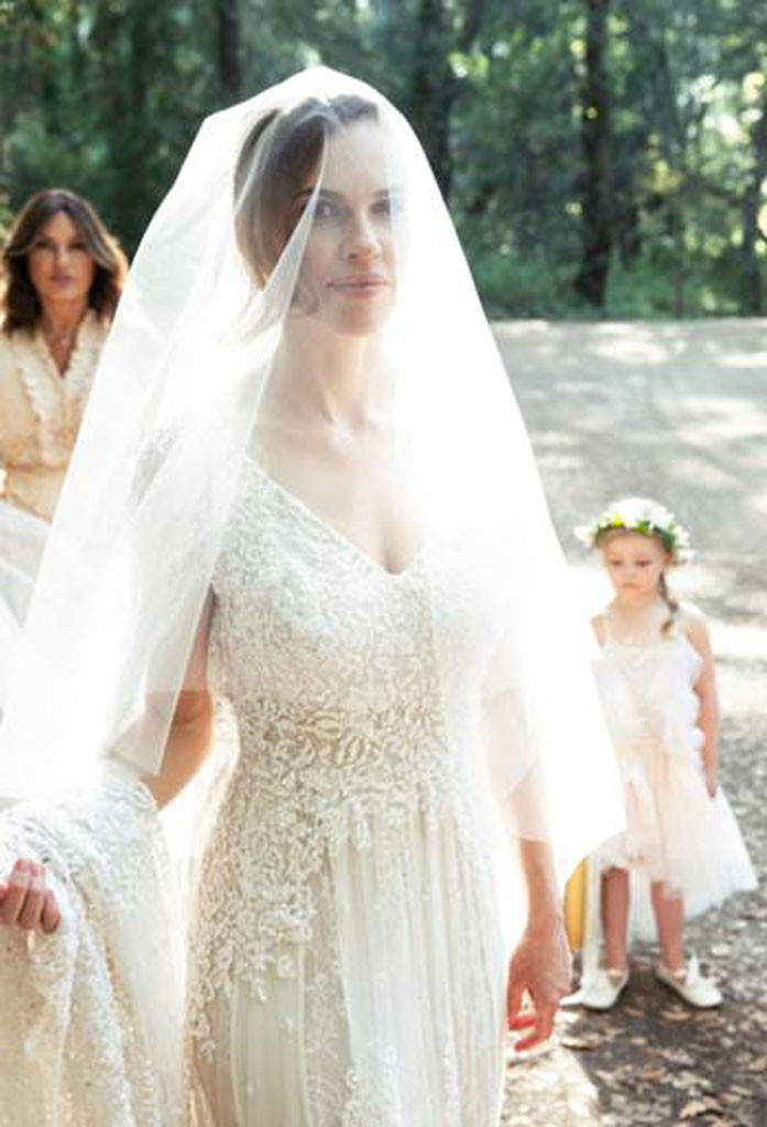 Hilary Swank Secretly Marries Philip Schneider