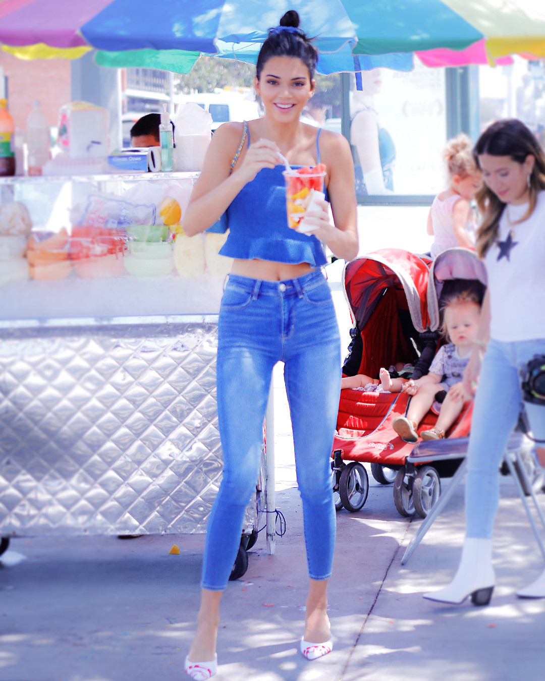 6c11a84151 Kendall Jenner s Head-to-Toe Fall Denim Outfit Is Super Affordable ...