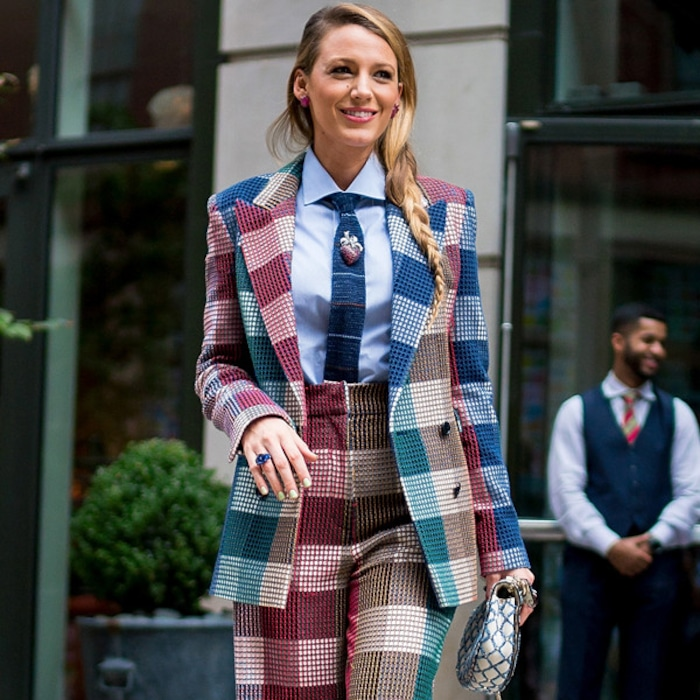 92d3730bc PCAs Style Star Finalist Blake Lively Knows How to Rock a Red Carpet | E!  News Australia