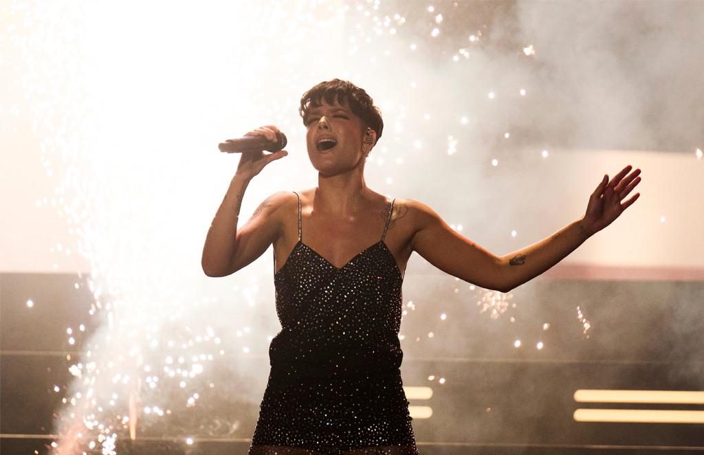 Halsey, iHeartRadio MuchMusic Video Awards