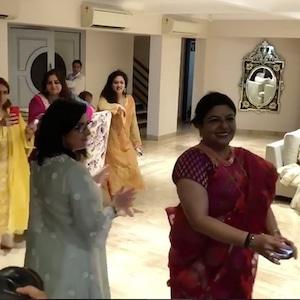 Madhu Chopra, Denise Jonas