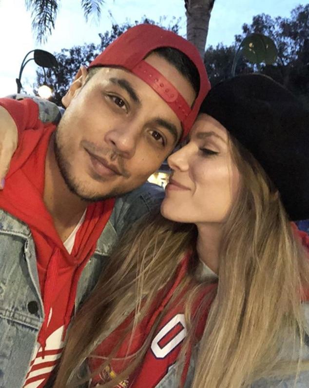 Dominic og Danielle dating 15-åringer dating-nettsteder