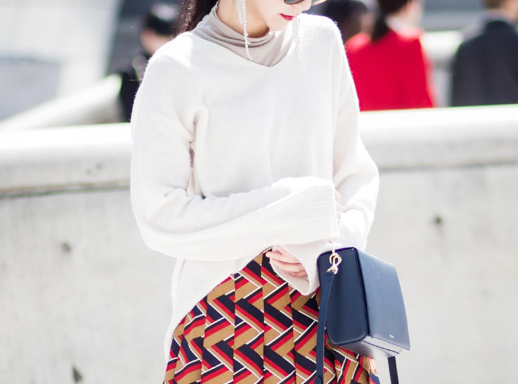 10 Chic Summer Sweaters for the Freezing Indoors