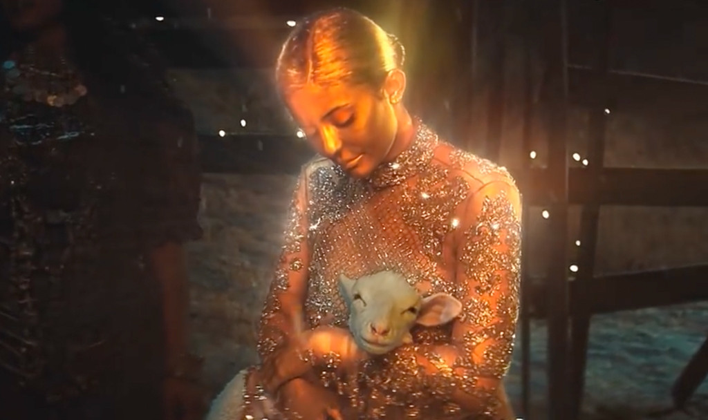 Kylie Jenner, Travis Scott, Trying to be God music video