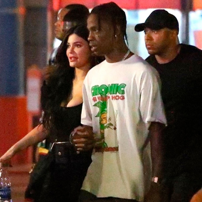 fa1444e7590c Travis Scott Shuts Down Six Flags for Album Listening Party With Kylie  Jenner, Fans and Friends | E! News