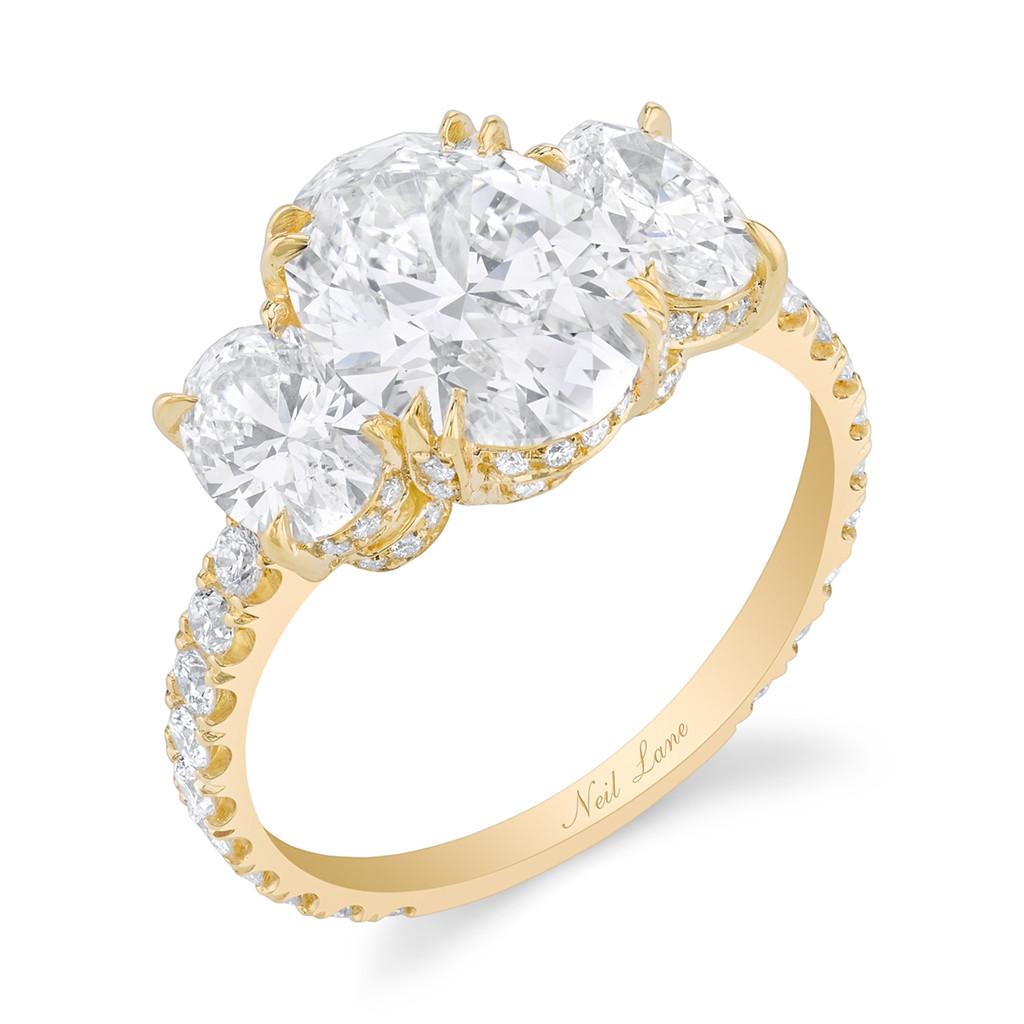 Becca Kufrin, Engagement Ring