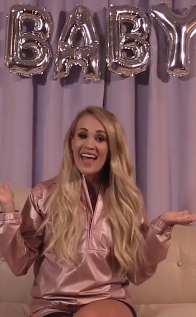 Carrie Underwood, Pregnancy Announcement, Instagram