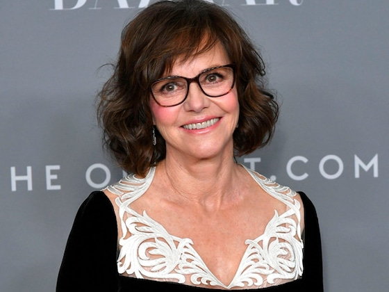 The 5 Most Heartbreaking Stories From Sally Field's Memoir <i>In Pieces</i>