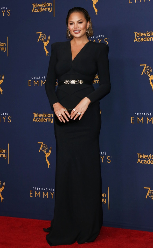 ESC: Best Dressed, Chrissy Teigen