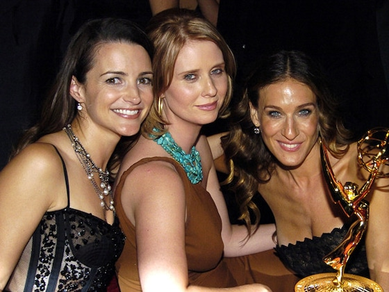 Kristin Davis Snubs Kim Cattrall From <i>Sex and the City</i> Emmys Throwback