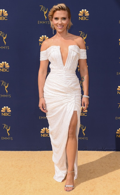 Scarlett Johansson, 2018 Emmys, 2018 Emmy Awards, Red Carpet Fashions