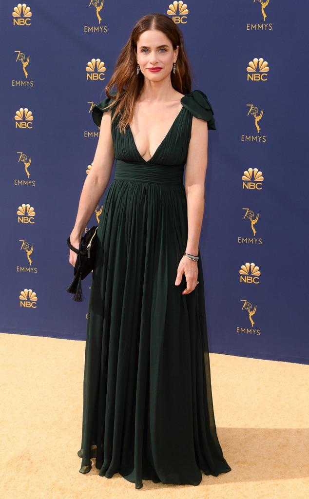 Amanda Peet, 2018 Emmys, 2018 Emmy Awards, Red Carpet Fashions