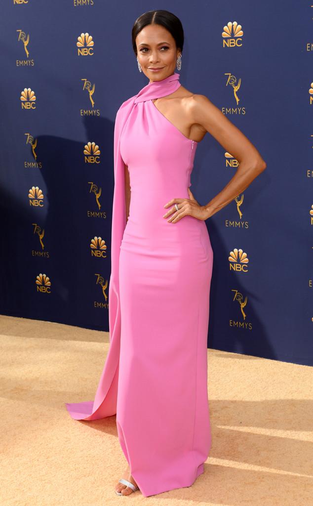simple robe de soirée rose simple avec voilage