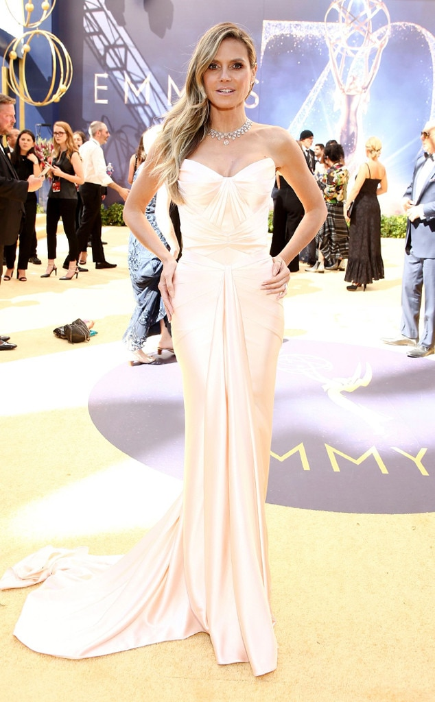 Esc 2018 Emmy Awards Wedding Dresses Heidi Klum