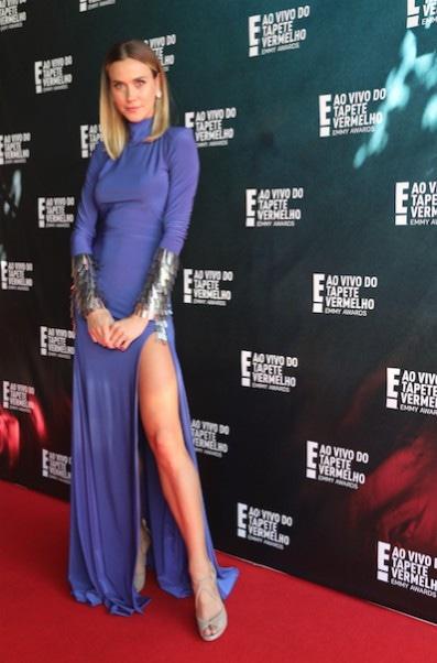 Renata Kuerten, Tapete vermelho E!, Emmy Awards 2018