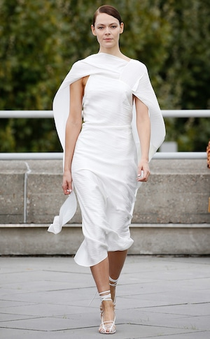 ESC: Best Looks London Fashion Week, Roland Mouret