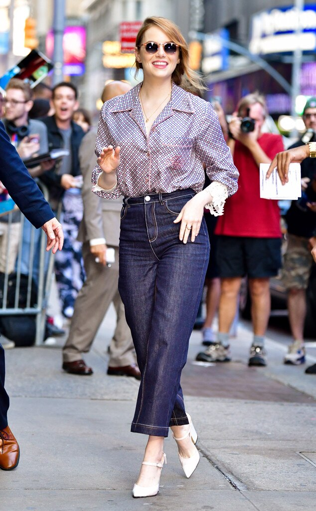 Emma Stone -  Hey girl!