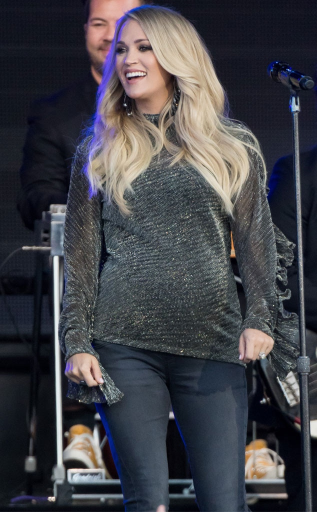 Carrie Underwood -  Glowing performer!