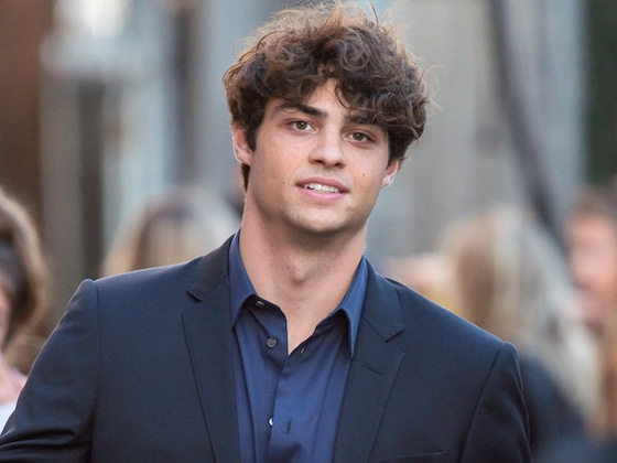 "Noah Centineo Recalls ""Scary"" Experience of Being Followed by Fans at the Airport"
