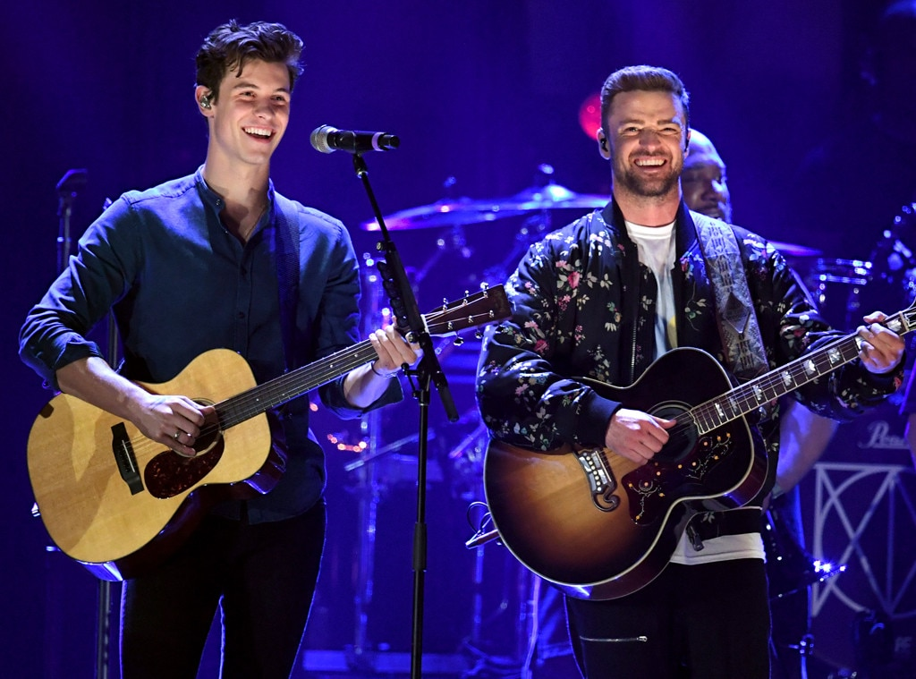 Justin Timberlake and Shawn Mendes wow fans with surprise duet