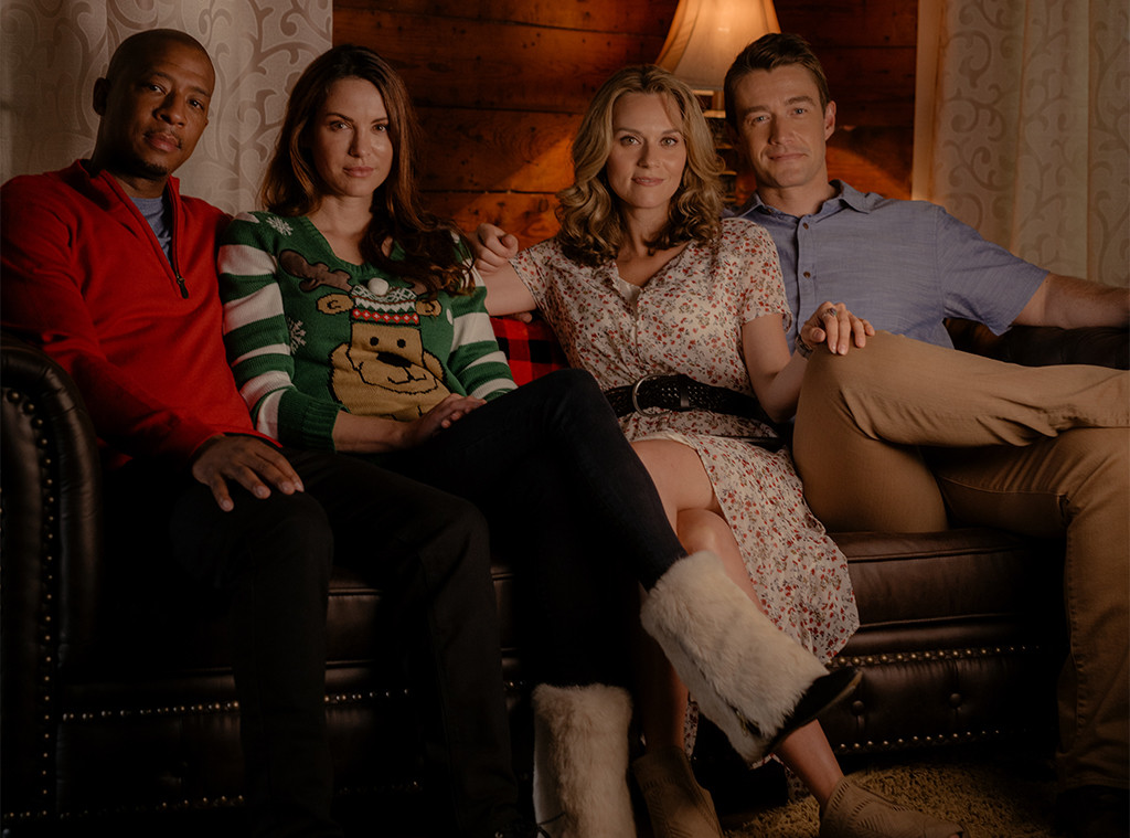 Antwon Tanner, Danneel Ackles, Hilarie Burton, Robert Buckley, The Christmas Contract