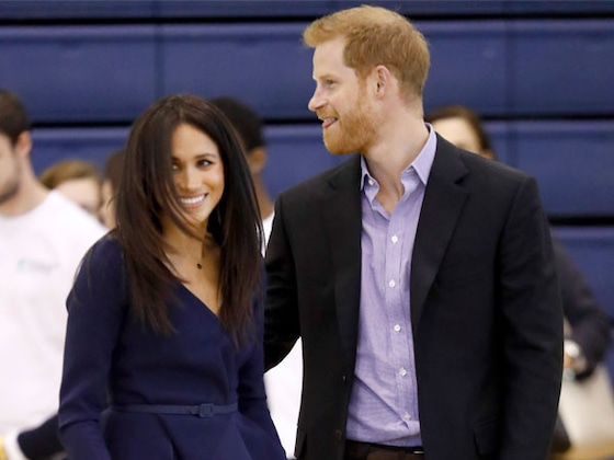 Meghan Markle Plays Ball in Heels Alongside Prince Harry at Coach Core Awards