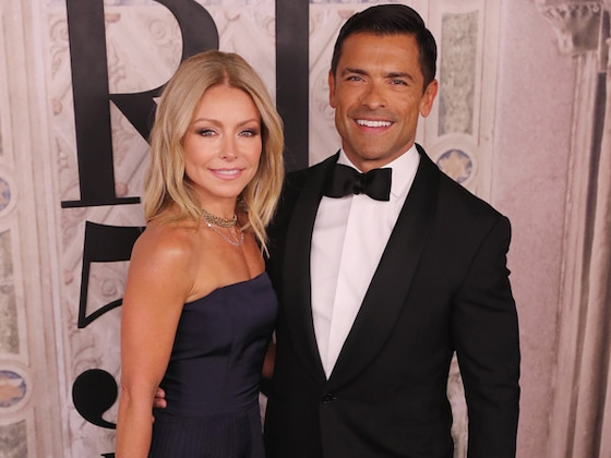 "Kelly Ripa Claps Back at Claim She's ""Too Old"" for Mark Consuelos"
