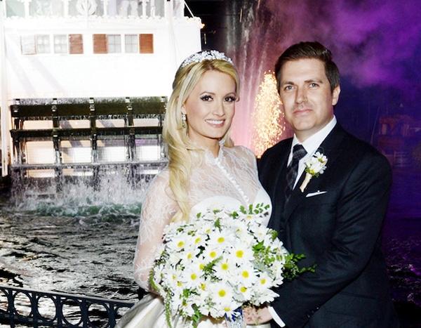 Holly Madison Wedding.Disneyland Wedding From Holly Madison Pasquale Rotella Romance