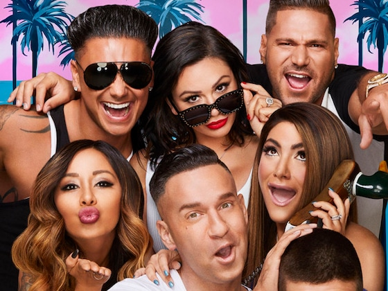 How Snooki's <I>Jersey Shore</I> Co-Stars Feel About Her Exit
