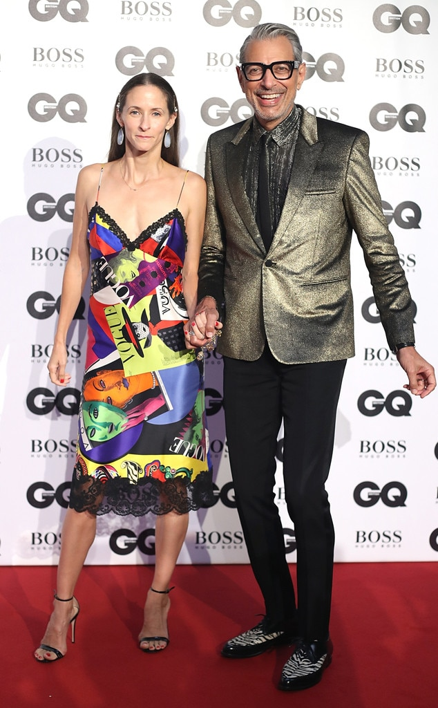 Jeff Goldblum & Emilie Livingston -  The Jurassic Park  makes a bold entrance alongside his dancer wife.