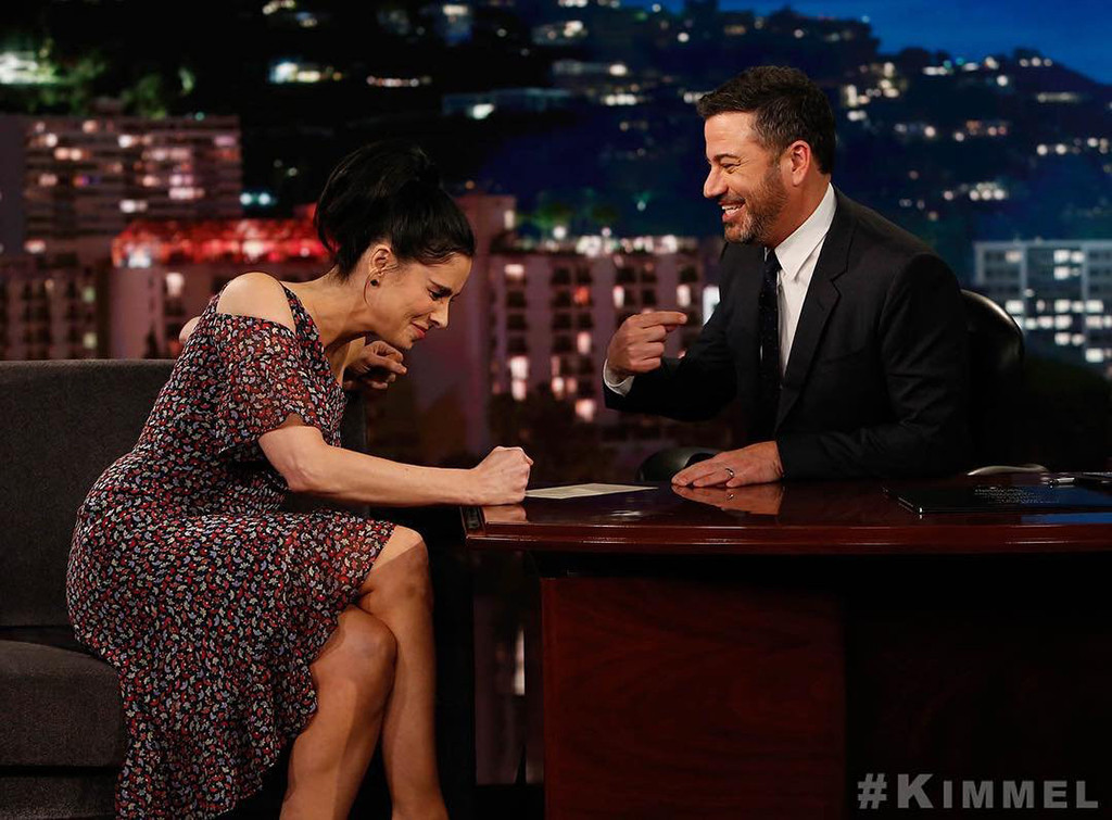 """Sarah Silverman No Longer Sees Jimmy Kimmel as a """"Sexual Being"""""""