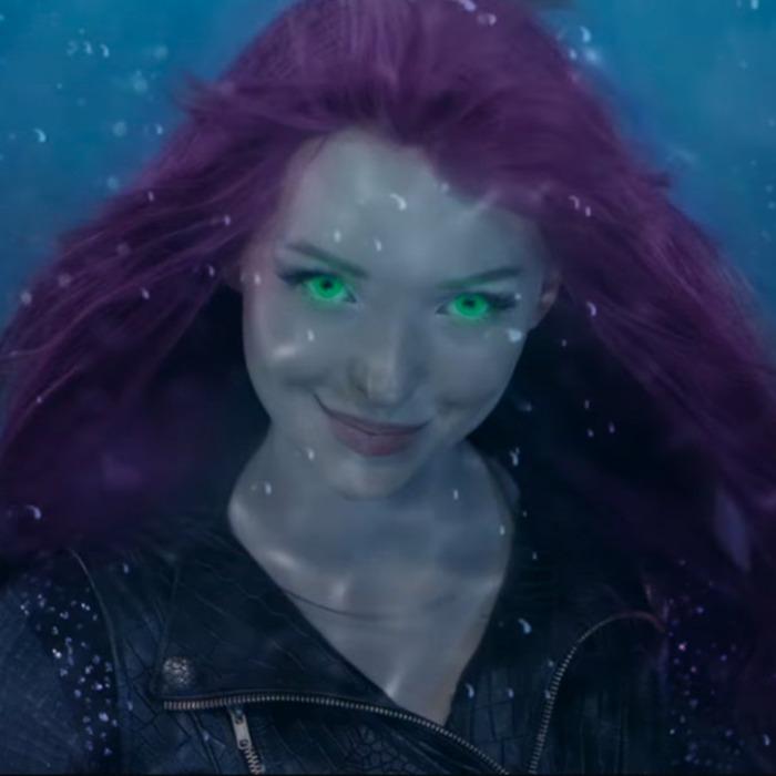 Mal Faces Uma In Under The Sea A Descendants Short Story Trailer