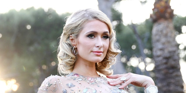 8612f3ed79e Hot or Not  Paris Hilton Reveals What She Thinks of 9 Major Fashion Trends