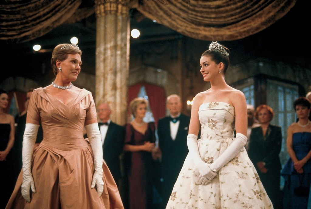 Anne Hathaway Confirms Big News In This 'Princess Diaries 3' Update!