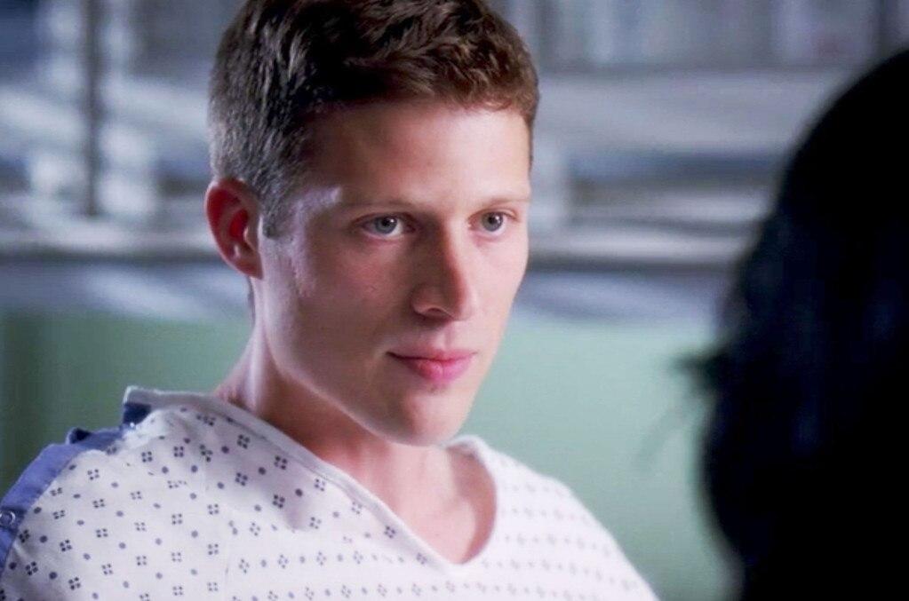Grey's Anatomy, Cameos, Zach Gilford