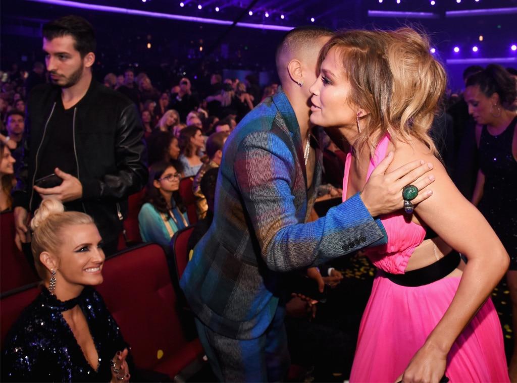 Ashlee Simpson Evan Ross Jennifer Lopez From American Music