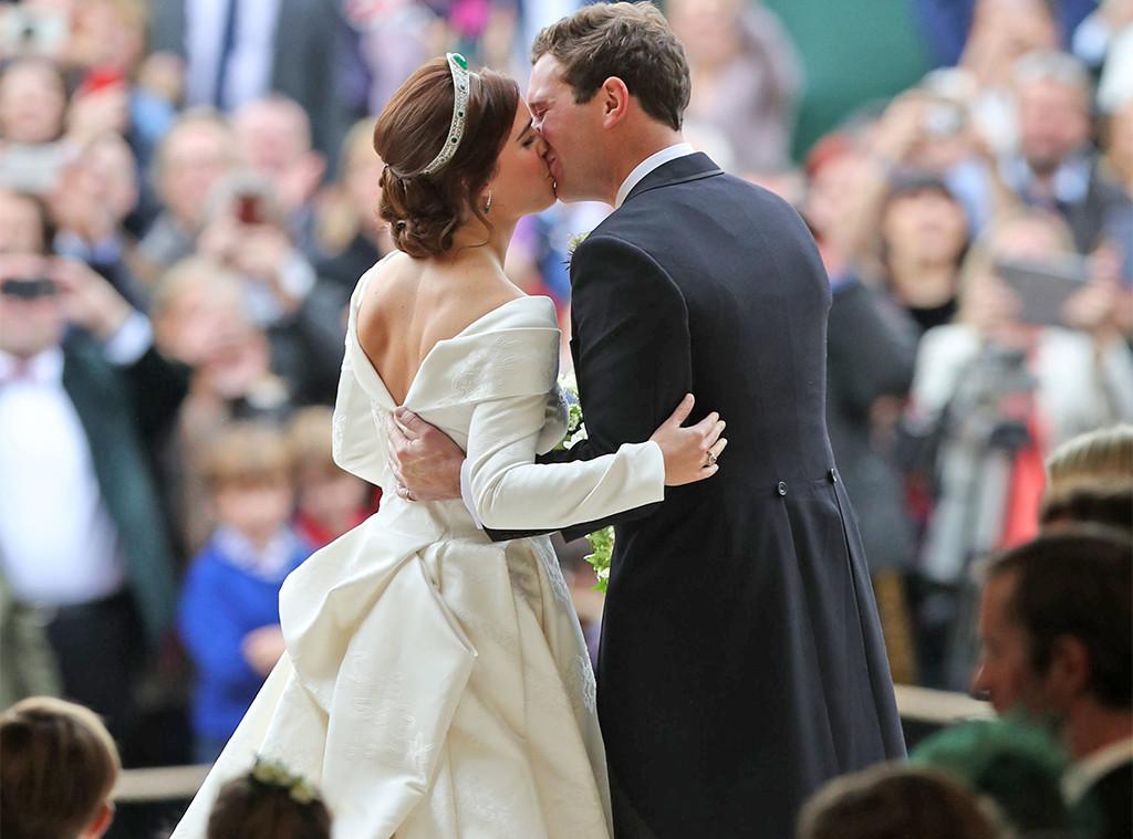 Beijo, princesa Eugenie, Jack Brooksbank, casamento real da princesa Eugenie