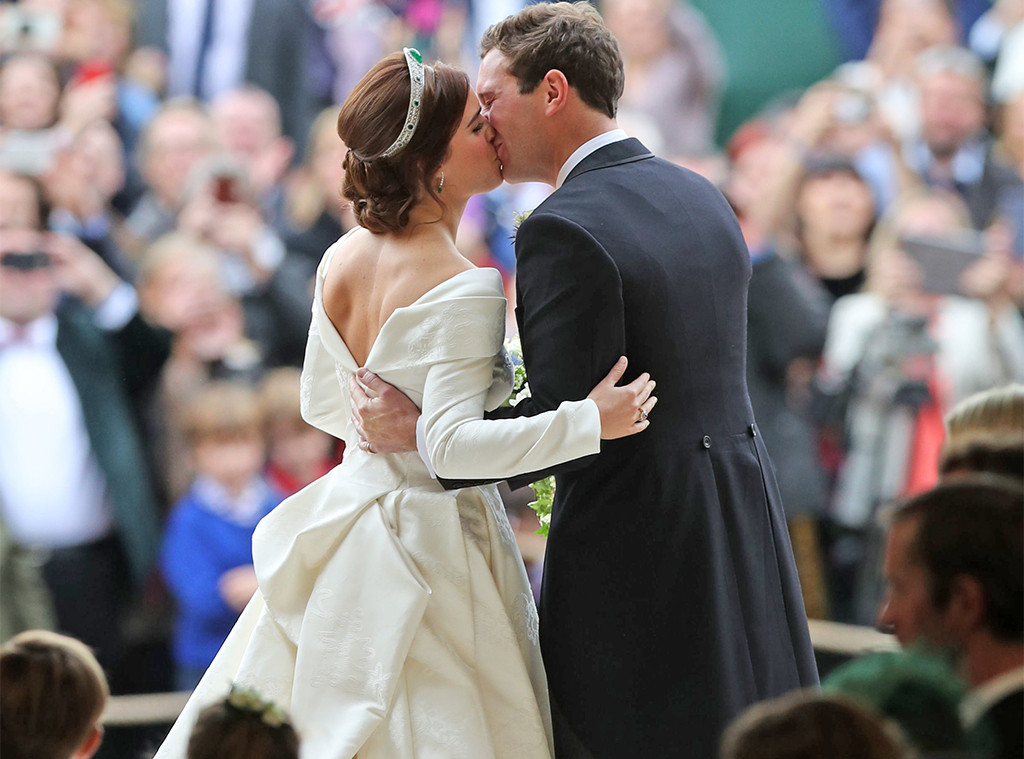 Kiss, Princess Eugenie, Jack Brooksbank, Princess Eugenie Royal Wedding
