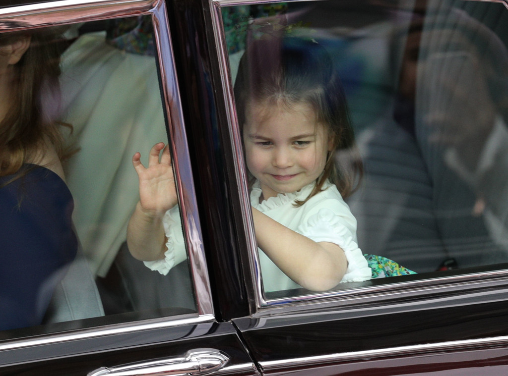 Princess Charlotte, Princess Eugenie Royal Wedding, Car, Waving