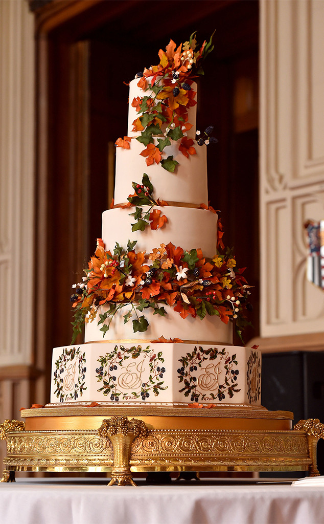 how princess eugenie s wedding cake compares to other royals e online how princess eugenie s wedding cake